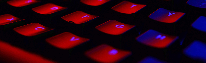 pexels-red keyboard photo-249203